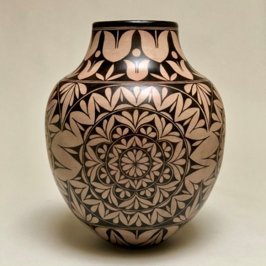 Lisa  Holt and Harlan Reano - Mandala Jar