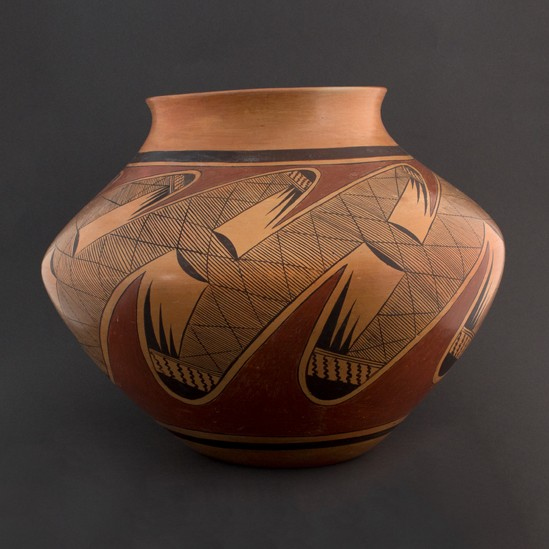 Dextra Quotskuyva - Polychrome Jar with Migration Pattern