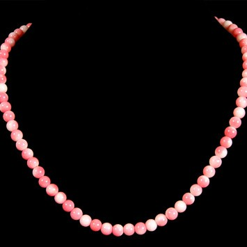Unspecified Artists - Bead Necklace