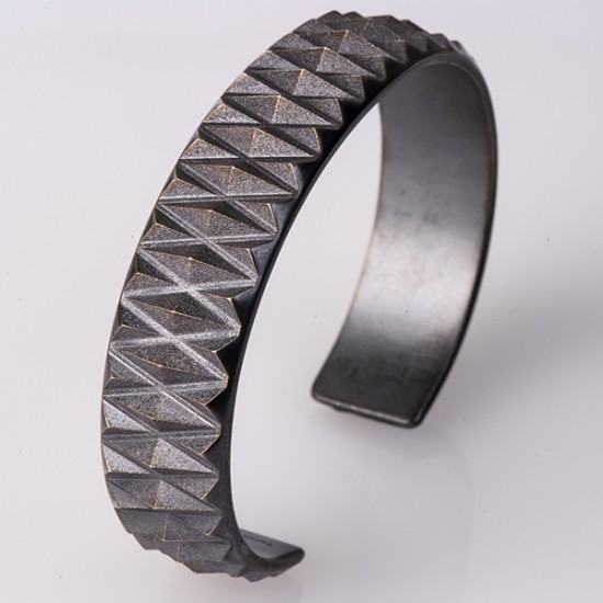Maria Samora - Diamond Peak Cuff